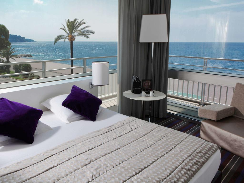 Hôtel gay de Nice : Mercure Nice Promenade des Anglais